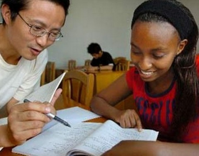 China urges African students to fully utilize its scholarships