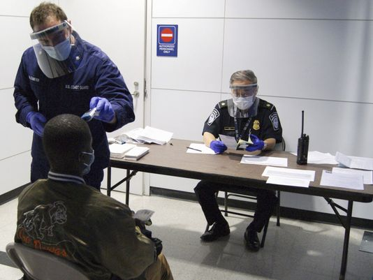 Ebola: Travellers From West Africa Must Enter US Through Only 5 Airports