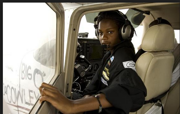 Blessing Liman Nigerian Airforce first female fighter pilot, 25yrs old
