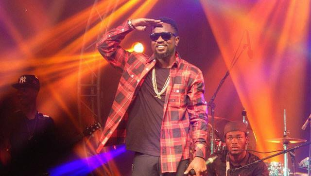 2014 Headies Photos Sarkodie wins Best African Artiste of the Year…