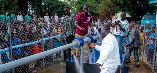 Celebs Who Give Back: Asamoah Gyan Foundation commissions Water Pump In …