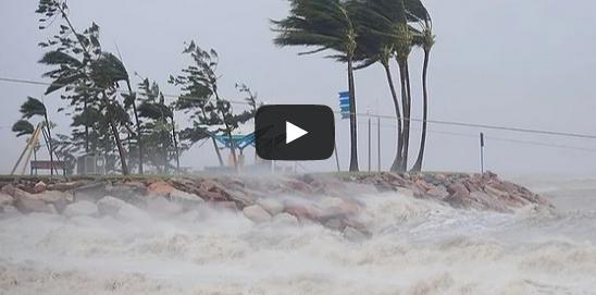 Cyclone Pam Rips Through Vanuatu islands