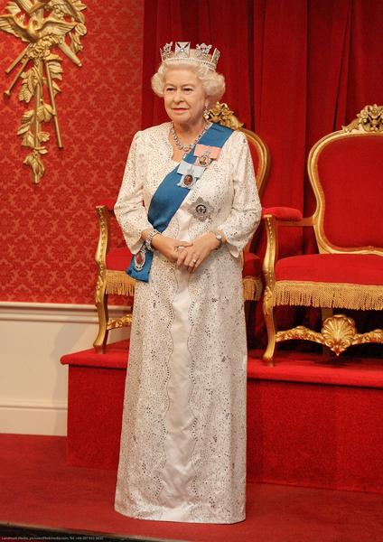 Queen Elizabeth New Wax Figure