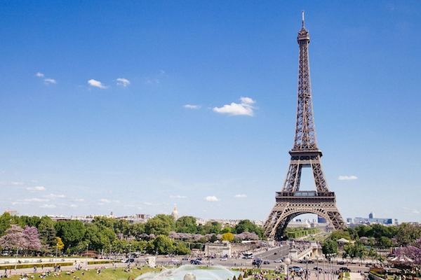 eiffel-tower-768501_1280 2