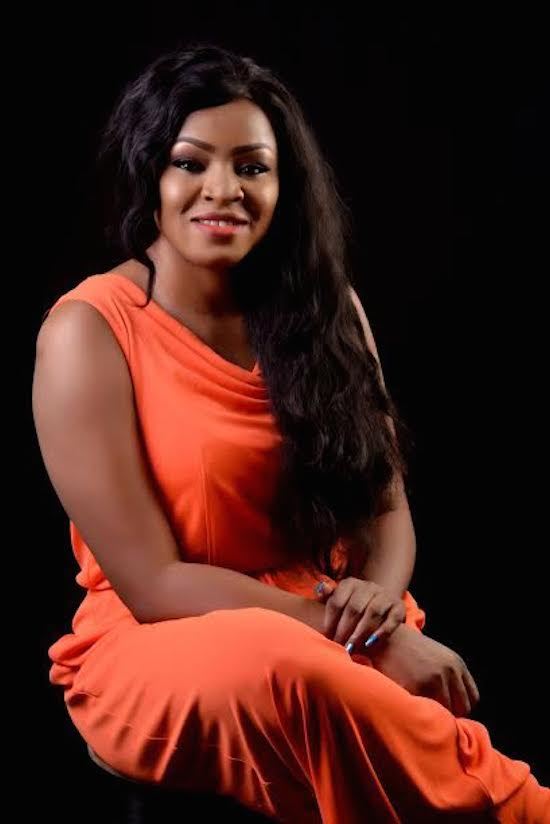 Nollywood Actress And Producer Happy Uchendu Stuns In New Photos…