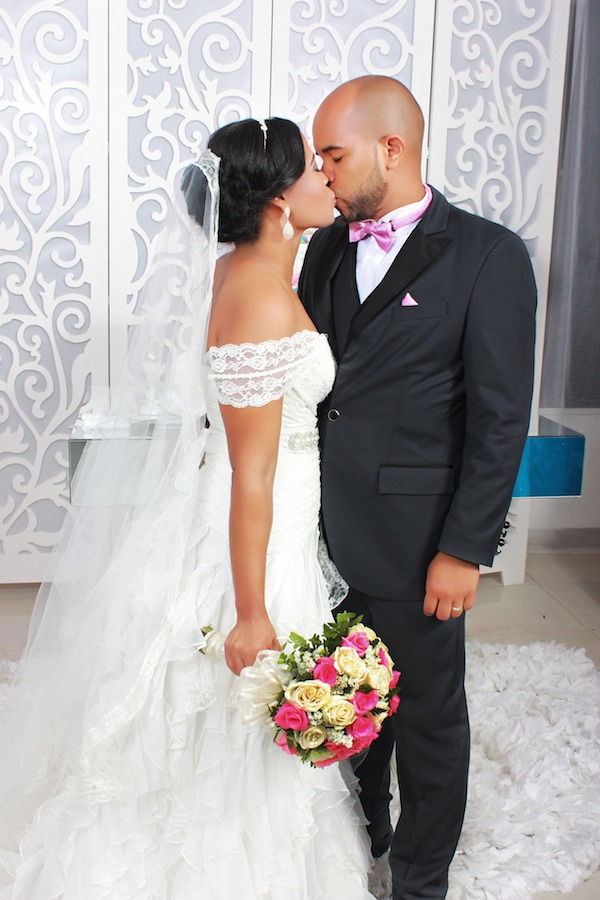 dream-bridal-gown-ideas-wedding-dress-shopping-today-african-celebs-couple