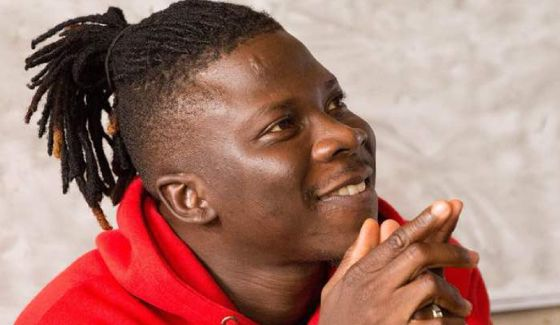 Stonebwoy Wins Favorite African Star At The 2019 Nickelodeon Kids Choice Awards