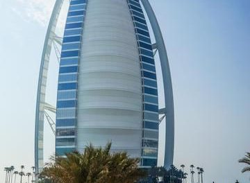 World Most Luxurious 7 star hotel – The Burj Al Arab Jumeirah
